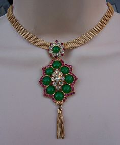 Vintage Unsigned Moghal Style Necklace.  Large detachable pendant can also be worn as a Brooch.