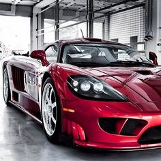 The fantastic Saleen S7