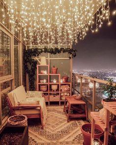 ไอเดียแต่งระเบียงคอนโด 7 ไอเดีย จัดซะหน่อย! เปลี่ยนพื้นที่เล็กๆให้เป็นมุมโปรด Small Balcony Decor, Balcony Ideas, Patio Ideas, Modern Balcony, Outdoor Balcony, Small Patio, Balcony Design, Tiny Balcony, Balcony Garden
