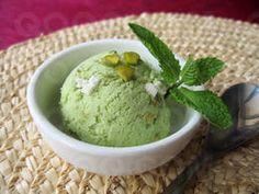 Glace à la pistache et meringue #qooq #glace #dessert
