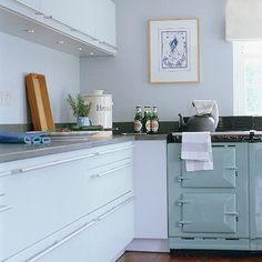 Blue cottage kitchen | Kitchen design | Decorating ideas