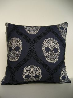 Damask Skull Mini Cushion with matching Heart by ThePurpleThistles, CHF20.00