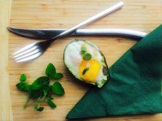 PEČENÉ AVOKÁDO S VAJÍČKOM Avocado Egg, Eggs, Breakfast, Food, Morning Coffee, Eten, Egg, Meals, Morning Breakfast