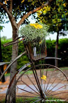 στολισμός  Κτημα Λαας Wedding Decorations, Wedding Ideas, Happily Ever After, Bird Feeders, Dandelion, Athens, Outdoor Decor, Flowers, Plants