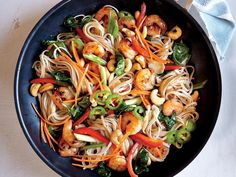 The more color, the better flavor, right? Chili-Garlic Shrimp and Noodle Stir-Fry makes a healthy and delicious weeknight dinner. Chili-Garlic Shrimp and Noodle Stir-Fry Recipe Shrimp Noodles, Asian Noodles, Ramen Noodles, Hash Browns, Healthy Snacks For Weightloss, Asian Recipes, Healthy Recipes, Alkaline Recipes, Skinny Recipes