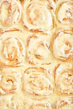 Best Breakfast, Breakfast Recipes, Snack Recipes, Dessert Recipes, Cooking Recipes, Desserts, Breakfast Items, Orange Sweet Rolls, Baked Rolls
