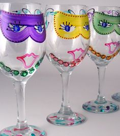 i think I'll be doing these for Mardi Gras...looks easy enough!