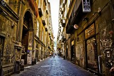 The Old Town walk is aFree Walking Tourthrough the ancient streets of Neapolis. We will take youback to Greek and Romantimes through the cheerfulalleysof ancient Naples. Discover history and …