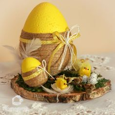 Easter Tree Decorations, Easter Wreaths, Easter Egg Crafts, Easter Eggs, Easter Bunny Colouring, Diy Projects For Adults, Easter Flower Arrangements, Decoration Vitrine, Easter Wallpaper