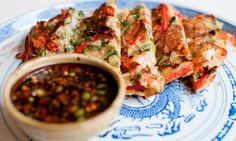 Haemul pajeon (Korean seafood pancake) and other recipes under 500 kcal Fish Recipes, Seafood Recipes, Snack Recipes, Healthy Recipes, Pancake Recipes, Delicious Recipes, Healthy Foods To Eat, Healthy Eating, Fast Food Diet