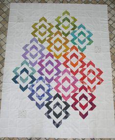 Batik Quilts, Scrappy Quilts, Easy Quilts, Mini Quilts, Quilting Fabric, Quilting Projects, Quilting Designs, Rainbow Quilt, Rainbow Star