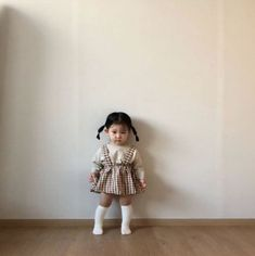 28 Trendy Baby Girl Hairstyles Families New Site Baby Girl Hairstyles Baby Families girl hairstyles site Trendy Cute Asian Babies, Korean Babies, Asian Kids, Cute Babies, Cute Little Baby, Cute Baby Girl, Baby Girl Fashion, Toddler Fashion, Cute Outfits For Kids
