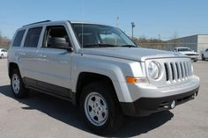 2014 Jeep Patriot Sport SPORT SUV 4 Doors Bright Silver Clearcoat Metallic for sale in Chattanooga, TN http://www.usedcarsgroup.com/chattanooga-tn/2014-jeep-patriot-1c4njrbbxed501015.html