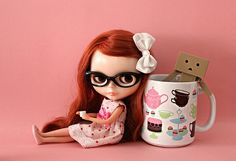 Box Life - coffee mug doll