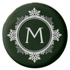 Snowflake Wreath Monogram in Dark Green & White Chocolate Dipped Oreo