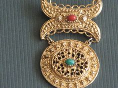 Vintage Dangle Brooch Pin Gold tone Red Green by RicksVintagePlus, $38.00