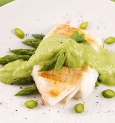 This delicious cod recipe can be made with any firm white fish filets, so you might prefer to opt for tilapia or halibut, although the big flakes you get with cod are perhaps more appealing. Cod is wonderful at any time of the year and this is an amazing recipe to make if you also enjoy the flavor of asparagus, because the cod and asparagus are great together.