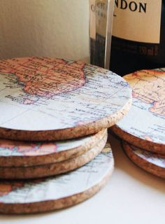 Perfect for Fred's travel themed office. Make your own map coasters. Map Crafts, Mod Podge Crafts, Crafts To Sell, Arts And Crafts, Make Your Own Map, How To Make, Map Coasters, Decoration Table, Craft Fairs