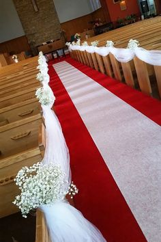 Montreal Wedding Ceremony: Baby's Breath on Church Pews, Pew Markers with Tull. Montreal Wedding Ceremony: Baby's Breath on Church Pews, Pew Markers with Tulle Down the Aisle … - Small Wedding Church . Church Pew Wedding Decorations, Wedding Church Aisle, Tulle Decorations, Wedding Pews, Church Pews, Wedding Receptions, Wedding Flowers, Wedding Table, Church Ceremony Decor