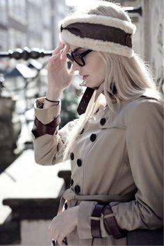 white brown fur headband, ear warmer, weißes braunes Stirnband, Ohrenwärmer aus Fell, Pelz