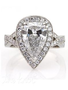 5 Pear Shape Diamond Engagement Rings