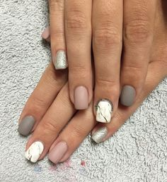 Marble matte nails