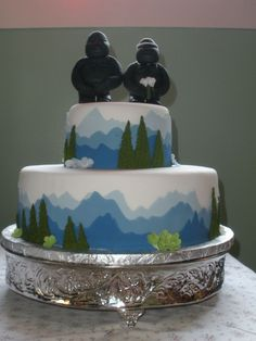Mountain Wedding Cake on Cake Central - Wedding - Mountains Fondant Baby, Fondant Cakes, Eagle Scout Cake, Mountain Cake, Cake Central, Themed Cakes, Baby Shower Cakes, Cake Designs, Cake Decorating