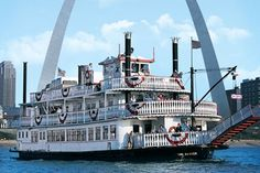 The Mighty Mississippi: Kids will love stepping back in time with a riverboat ride on the mighty Mississippi. In St. Louis, aboard a 19th-century paddlewheel boat replica, history comes alive as kids learn about the Mississippi River, the Gateway Arch and the country's westward expansion.