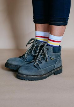 c5f7a990e648 Vintage 90s suede unisex ankle boots