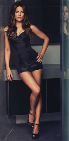 Kate Beckinsale / some women are so blessed in the looks/figure department / beautiful. Simply Sexy