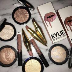 Highlighter, Klylie lipkits, lipsticks, makeup @martinez_mel8