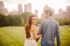 how cute are they, man I love NY - Central Park engagement photos - www.dlweddings.com