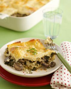 Mushroom Lasagna- a healthy freezer meal with NO canned soup, and is only 257 calories per serving.