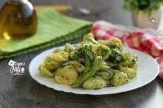 Un primo piatto autunnale delizioso queste orecchiette e broccoli piccanti, semplice da realizzare e buonissimo, ideale per tutta la famiglia !