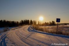 Penikar www.fotoblogg.fi Niklas, Country Roads