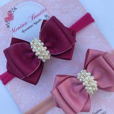 Nenhuma descrição de foto disponível. Fabric Ribbon, Ribbon Bows, Fabric Flowers, Diy Baby Headbands, Baby Hair Bows, Diy Shrink Plastic Jewelry, Pewter Wedding, Handmade Hair Bows, Hair Ribbons