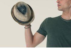 T-shirt ATHLETIC VINTAGE, cappello MOVE