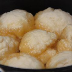 An Australian camping classic, golden syrup dumplings are a traditional dessert closely associated to camping. Make in a Dutch oven or saucepan. Best Dessert Recipes, Fun Desserts, Golden Syrup Dumplings, Drop Scones, Syrup Cake, Dutch Oven Camping, Cast Iron Dutch Oven, Dumpling Recipe, Deserts
