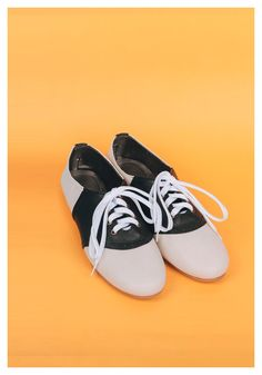 Saddle Shoes in Oreo – Billie and Llama ($24.22 USD): Made of grade A synthetic leather and rubber soles. || WE SHIP WORLDWIDE #saddleshoes #vintage #fashion #retro #shoes #cuteshoes #womensshoes #forsale #worldwideshipping