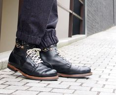"IrregulaR""LOGGER""Boots...