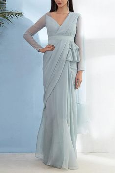 Peplum Blouse with Ruffled Saree And Embellished Belt Stylish Blouse Design, Fancy Blouse Designs, Blouse Neck Designs, Blouse Patterns, Saree Gown, Lehenga, Anarkali, Indian Designer Outfits, Designer Dresses