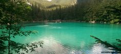 Der Grüne See hat seinen Ruf als schönster Platz Österreichs mehr als verdient. Hier zeigen wir dir die besten Tipps für deinen Ausflug. Überzeuge dich selbst!! Dom, Wanderlust, Adventure, Lifestyle, Travel, Outdoor, Holiday Destinations, Road Trip Destinations, Mountains