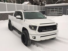 Nice to see that your Tundra actually fits in your garage as the average McMansion garage in my area cannot ; Toyota Tundra Trd Pro, Toyota 4x4, Toyota Trucks, Toyota Hilux, Toyota Tacoma, Ford Trucks, Tundra Truck, Lifted Tundra, Tundra Off Road