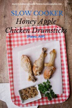Get this slow cooker apple honey chicken recipe here - it's delicious and only uses 4 ingredients! Beautiful photos and step-by-step instructions available.