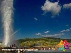 """RECORRIENDO MICHOACÁN. A 30 km de la ciudad de Zamora en Michoacán, se ubica Ixtlán de los Hervores en náhuatl """"Lugar donde existe sal"""". Es un pequeño pueblo, donde el mayor atractivo es un geiser. Este es un brote a presión de agua natural pero tiene la peculiaridad, de que es un brote de agua caliente alrededor del cual se han construido áreas de convivencia para los turistas. Le invitamos a conocerlo durante sus próximas vacaciones en Michoacán. HOTEL FLORENCIA REGENCY…"""