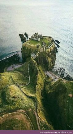Mariam saved to skandinavischDunnott Castle, Schottland – Reiseziele Wanderlust Travel, Places To Travel, Places To See, Travel Destinations, Travel Tourism, Travel Tips, Travel Packing, Work Travel, Business Travel