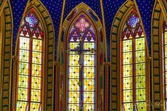 arautos-do-evangelho-e-fotos-vitrais-da-basilica-nossa-senhora-do-rorio-arautos-na-serra-da-cantareira-5dls1279.jpg (800×533)