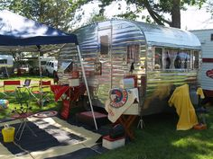 Crafty Home Cottage: Camping and Trailers (Cute campers on this site that make me want to paint mine.)