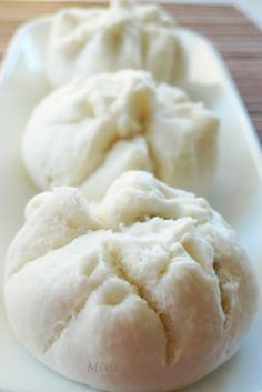 Ingredients: 1 packet of premix bun (pau) . Steamed Pork Buns, Steamed Chicken, Steamed Cake, Steam Buns Recipe, Steam Recipes, Bun Recipe, Banh Bao Recipe, Curry Buns, Asian Buns