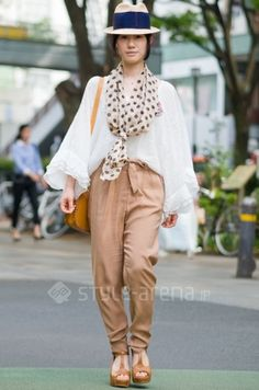 i think i have pants like this -- love